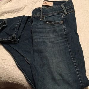 Hollister jeans sized w22 L33 great condition
